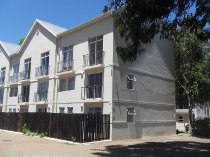 R 755,000 - 1 Bedroom, 1 Bathroom  Apartment For Sale in Plumstead