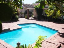 R 28,000 - 4 Bedroom, 3 Bathroom  House To Rent in Newlands, Cape Town, Southern Suburbs