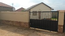 R 480,000 - 2 Bedroom, 1 Bathroom  House For Sale in Cosmo City