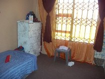 R 520,000 - 1 Bedroom, 3 Bathroom  House For Sale in Lenasia South