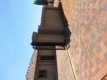R 700,000 - 3 Bedroom, 2 Bathroom  House For Sale in The Orchards