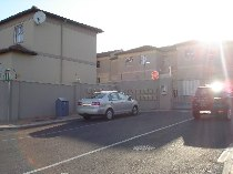 R 925,000 - 3 Bedroom, 1 Bathroom  Property For Sale in Brackenfell