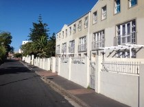 R 629,000 - 1 Bedroom, 1 Bathroom  Apartment For Sale in Wynberg