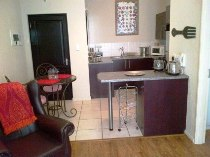 R 8,500 - 1 Bedroom, 1 Bathroom  Residential Property To Rent in Ferndale