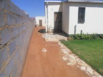 R 450,000 - 3 Bedroom, 1 Bathroom  Home For Sale in Protea Glen