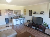 R 1,190,000 - 2 Bedroom, 1 Bathroom  Flat For Sale in Plumstead