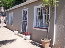 R 1,375,000 - 2 Bedroom, 2 Bathroom  Home For Sale in Helderkruin