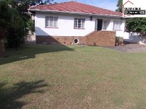 R 2,700,000 - 3 Bedroom, 2 Bathroom  Commercial Property For Sale in Avoca