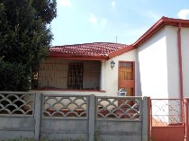 R 500,000 - 3 Bedroom, 1 Bathroom  Property For Sale in Malvern