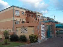 R 500,000 - 2 Bedroom, 1 Bathroom  Residential Property For Sale in Winchester Hills