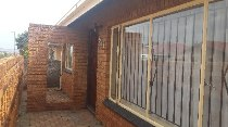 R 580,000 - 2 Bedroom, 1 Bathroom  House For Sale in Protea North