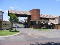 R 6,300 - 2 Bedroom, 1 Bathroom  Property To Rent in Reyno Ridge, Witbank