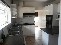 R 2,195,000 - 5 Bedroom, 4 Bathroom  House For Sale in Plumstead