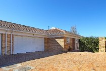 R 2,400,000 - 2 Bedroom, 2 Bathroom  Home For Sale in Sonstraal Heights