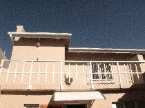 R 4,500 - 1 Bedroom, 1 Bathroom  Apartment To Rent in Robindale