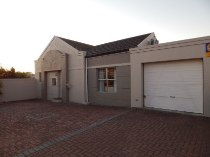 R 1,495,000 - 3 Bedroom, 2 Bathroom  House For Sale in Brackenfell