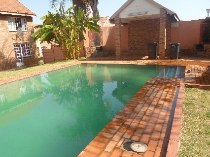 R 3,000 - 1 Bedroom, 1 Bathroom  Flat To Rent in Philip Nel Park, Pretoria, Central