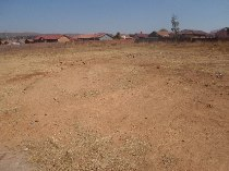 R 360,000 -  Property For Sale in Savannah Country Estate