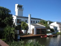 R 3,750,000 - 4 Bedroom, 4 Bathroom  Home For Sale in Marina Da Gama
