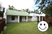 R 795,000 - 2 Bedroom, 2 Bathroom  House For Sale in Napier, Bredasdorp