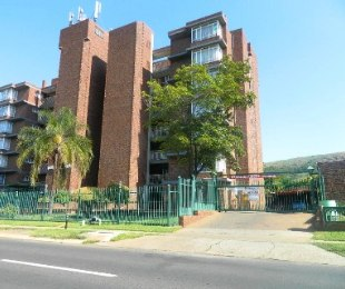 R 590,000 - 2 Bed Apartment For Sale in Rietfontein