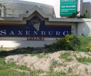 R 950,000 -  Commercial Property For Sale in Blackheath