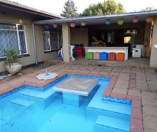 R 1,183,000 - 4 Bed Home For Sale in Brenthurst