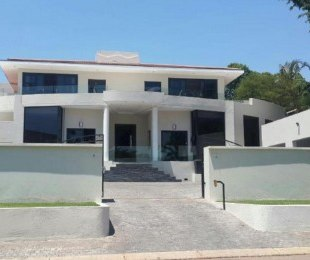 R 11,900,000 - 4 Bed House For Sale in Waterkloof