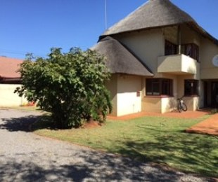 R 1,968,000 - 3 Bed House For Sale in Clubview West