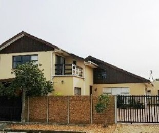 R 2,699,000 - 5 Bed House For Sale in Ridgeworth