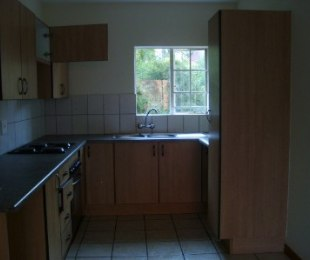 R 7,500 - 2 Bed Property To Rent in Riviera