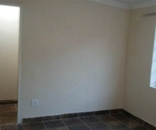 R 3,200 - 1 Bed Flat To Rent in Noordwyk