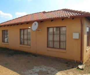 R 5,500 - 2 Bed House To Rent in Naturena