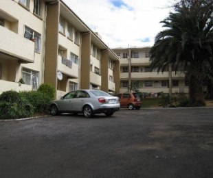 R 5,850 - 2 Bed Apartment To Rent in Linden