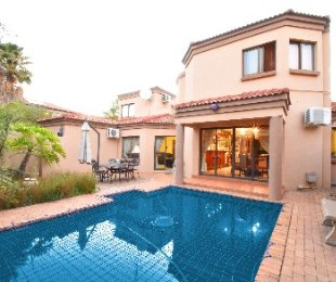R 4,850,000 - 5 Bed Home For Sale in Blue Valley Golf Estate