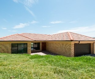 R 2,035,000 - 3 Bed House For Sale in Reebok