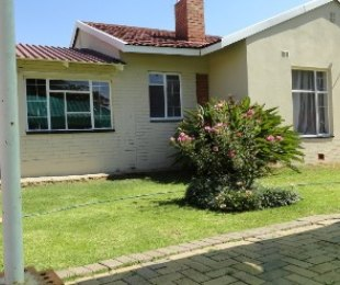 R 550,000 - 3 Bed Property For Sale in Seemeeupark