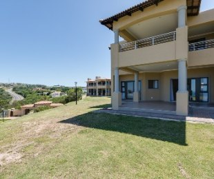 R 2,400,000 - 2 Bed Apartment For Sale in The Hill