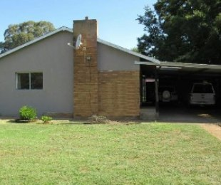 R 800,000 - 5 Bed House For Sale in Nigel