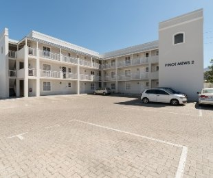 R 7,300 - 2 Bed Apartment To Rent in Stellenbosch
