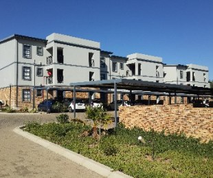 R 620,000 - 2 Bed Property For Sale in Fairlead
