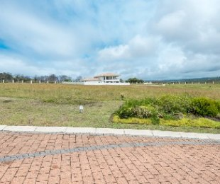 R 1,020,000 -  Plot For Sale in Whale Rock