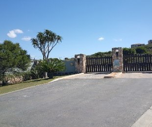 R 2,730,000 - 4 Bed House For Sale in Hartenbos