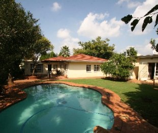 R 1,100,000 - 3 Bed Property For Sale in Wychwood