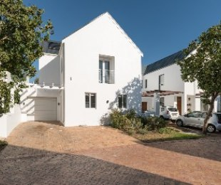 R 3,790,000 - 3 Bed Property For Sale in Kylemore