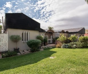 R 4,499,000 - 5 Bed House For Sale in Sonstraal