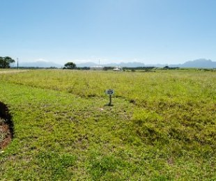 R 565,000 -  Plot For Sale in George