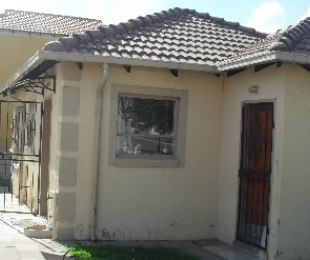 R 900,000 - 3 Bed Home For Sale in Midrand
