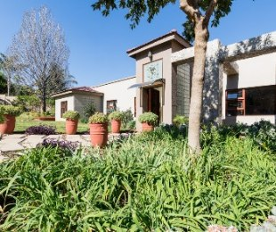 R 5,250,000 - 4 Bed House For Sale in Quellerina