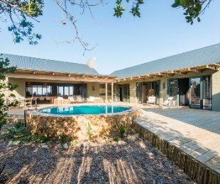 R 5,900,000 - 4 Bed House For Sale in Whale Rock